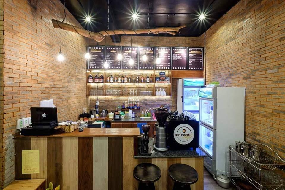 trang-thiet-bi-pha-che-trong-quan-cafe