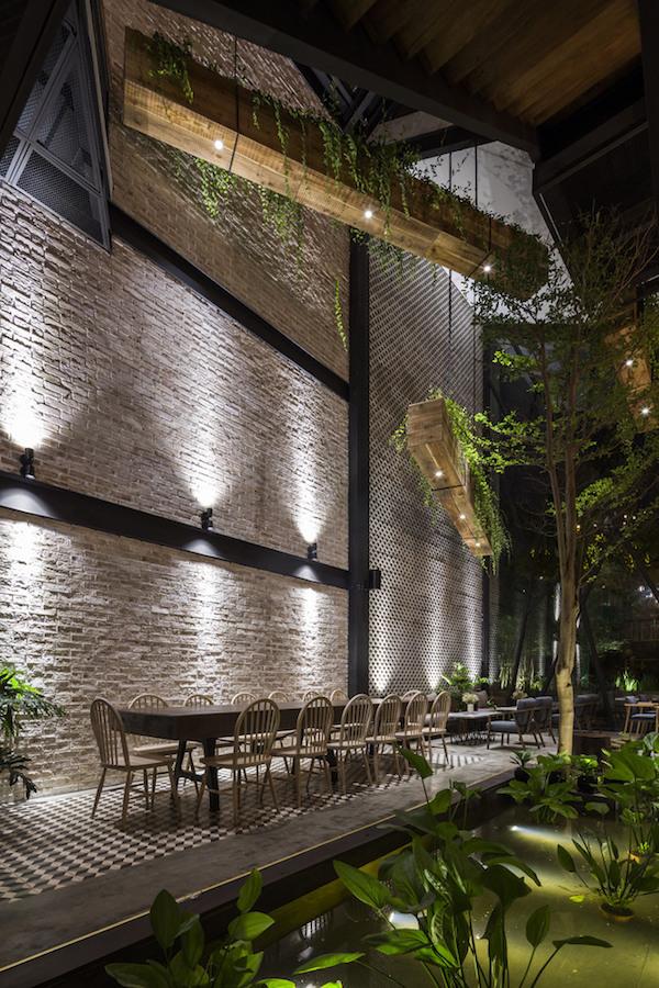 Thiết kế nội thất quán cafe đẹp 8