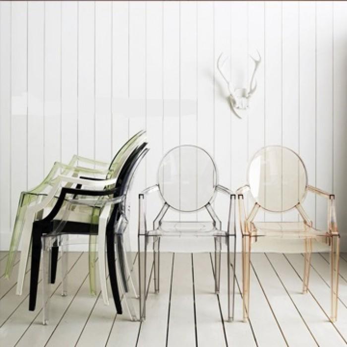 ghế nhựa kiểu dáng độc đáo