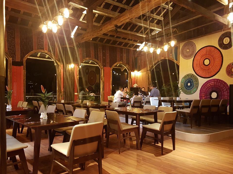 nhà hàng châu long hotel sapa nổi bật với thiết kế nội thất hiện đại
