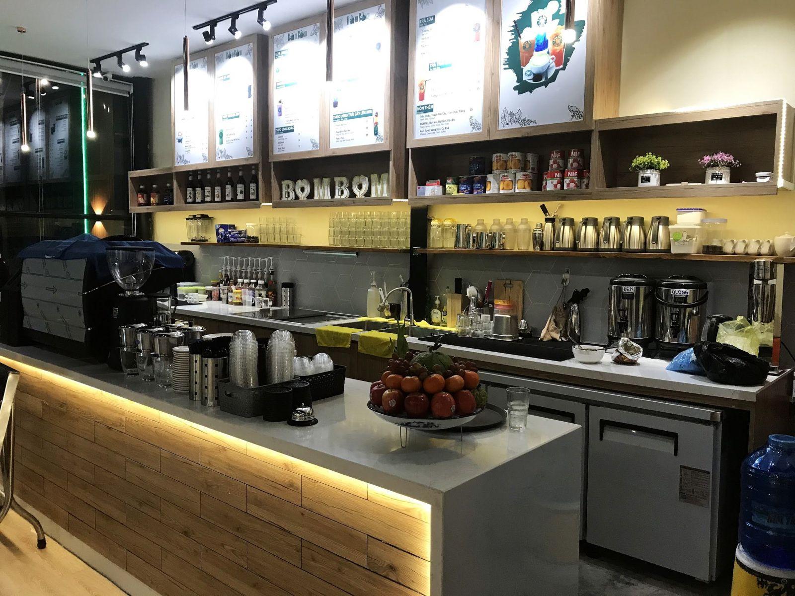 quầy bar pha chế quán cafe bờm bờm coffee -tiền giang