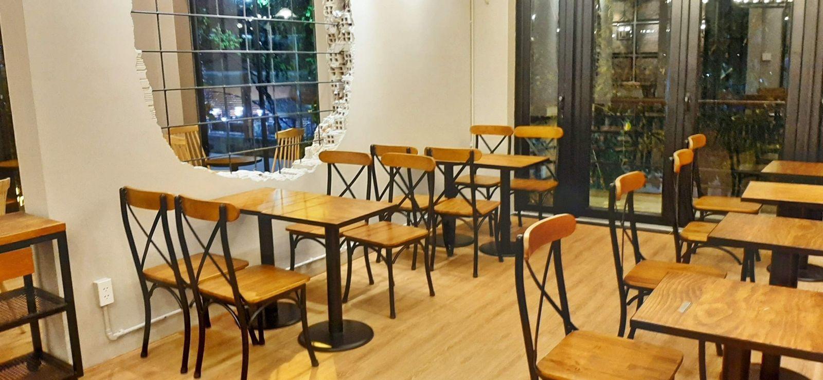 bàn ghế pcm cung cấp nội thất quán cafe thức