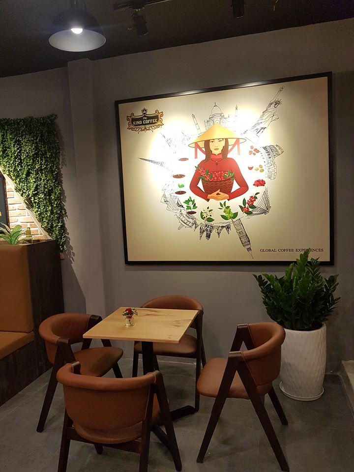 king coffee sử dụng mẫu ghế gỗ mc157 pcm