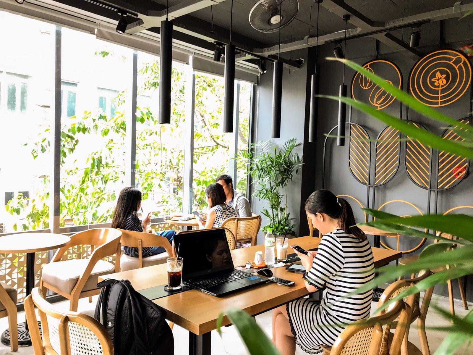quan-cafe-mr-phin-chu-van-an