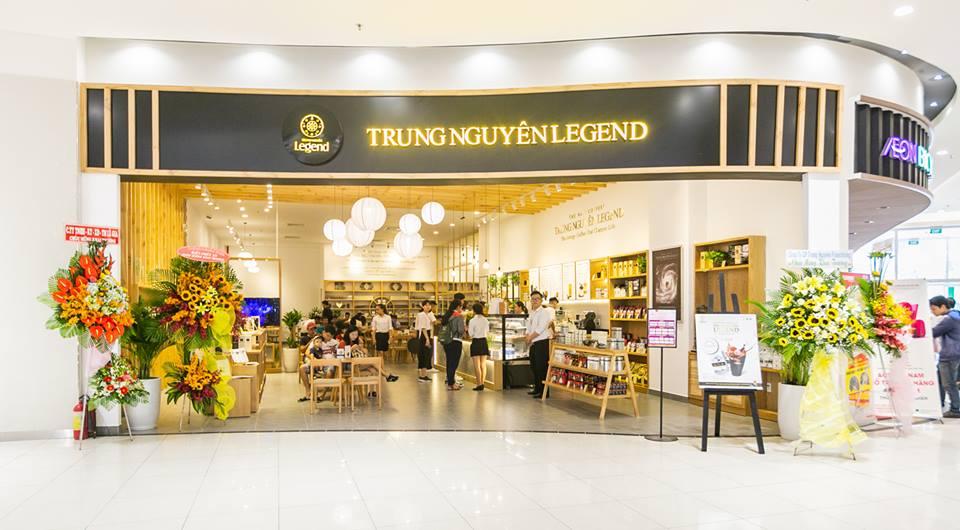 Trung Nguyên Legend Cafe nổi bật tại trung tâm AEON mall tân phú
