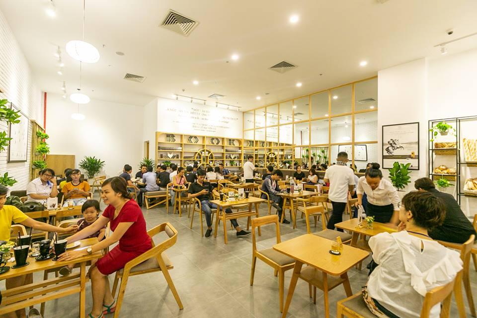 trung nguyên legend cafe mang tới cho khách hàng không gian thư giãn tuyệt vời nhất