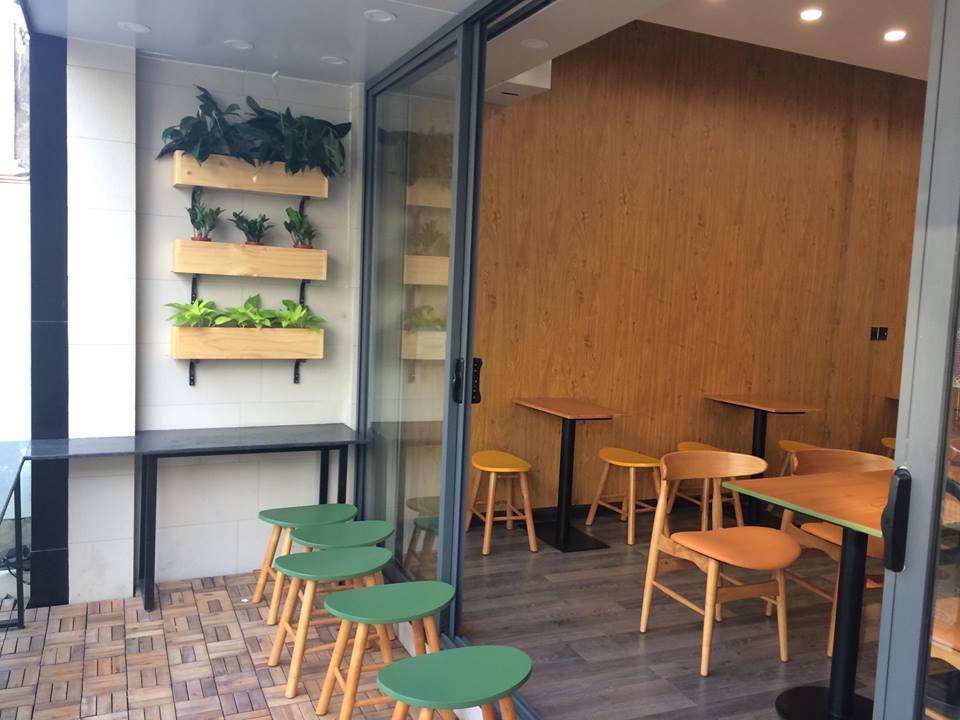 bàn ghế nội thầt nhà hàng pcm cung cấp