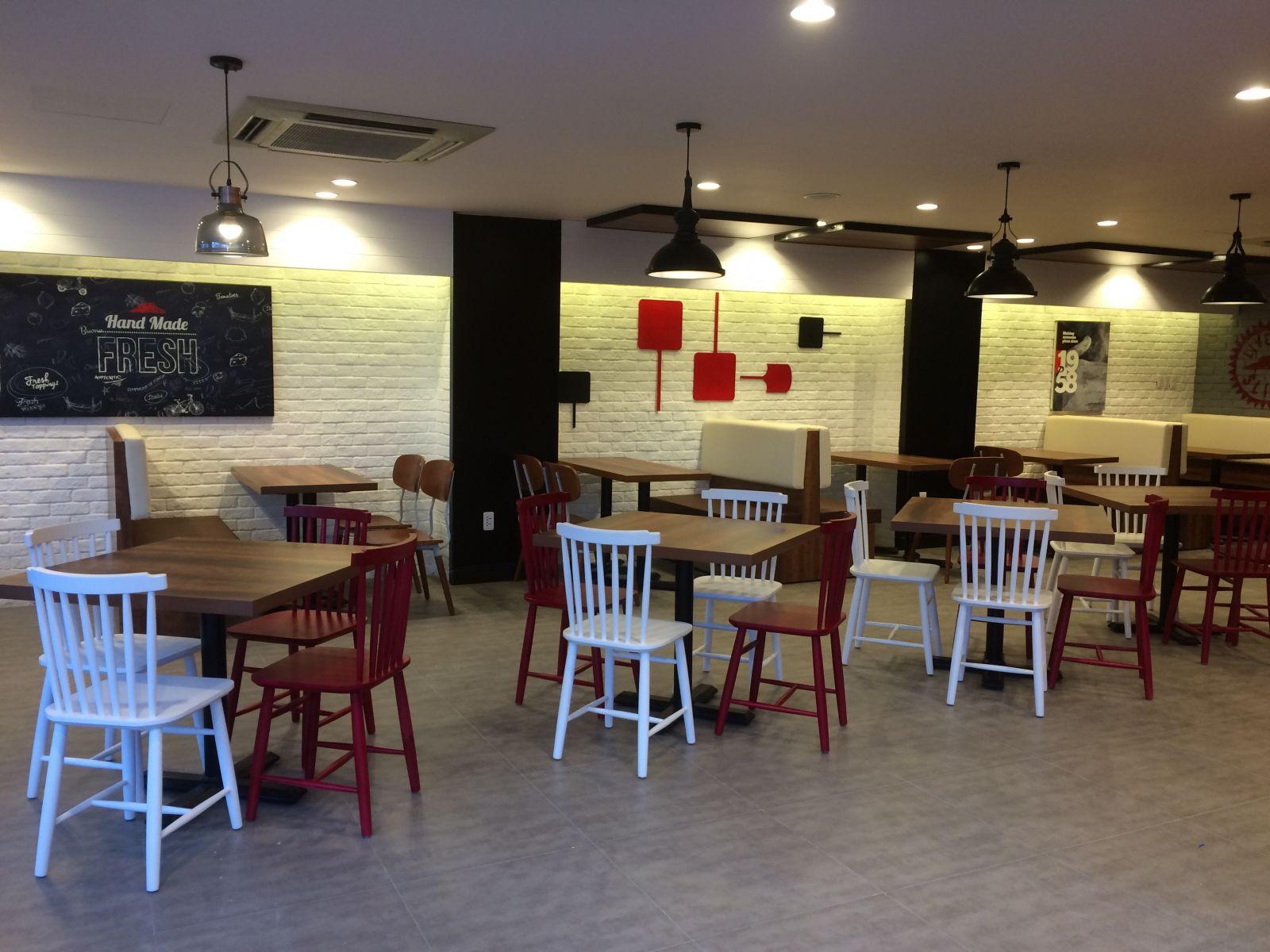 Đa-thi-cong-Pizza-Hut-Phan-Xich-Long-1