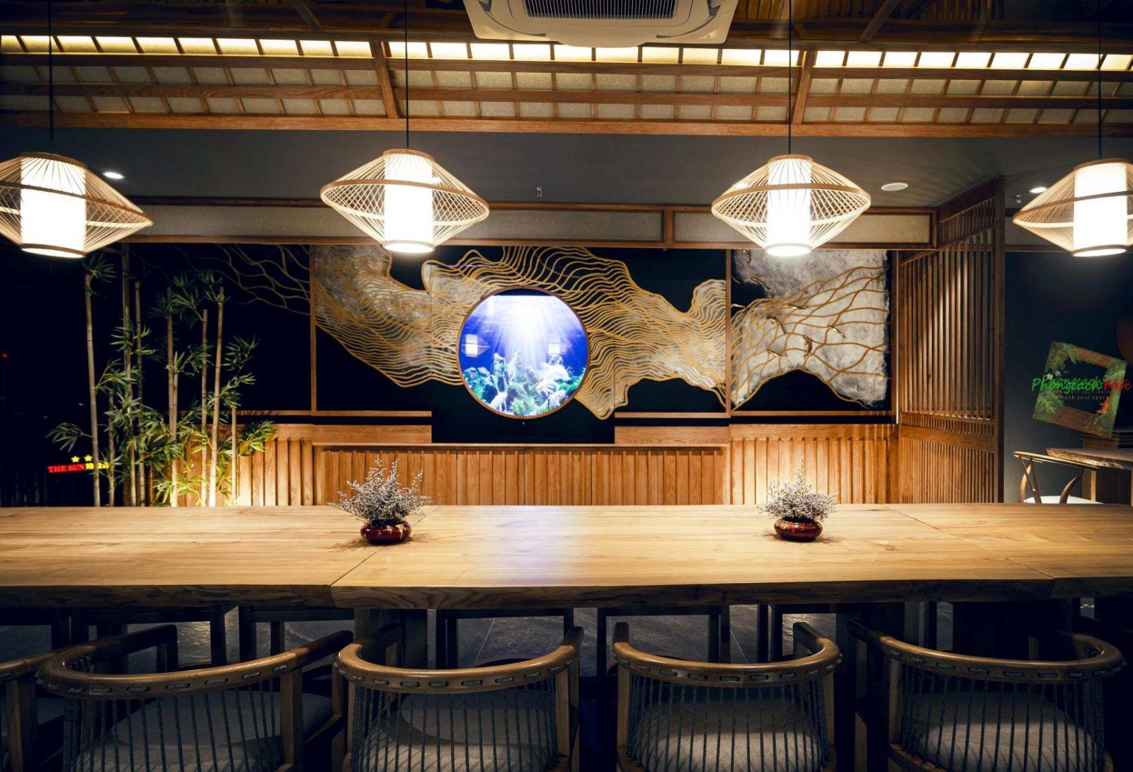 khong-gian-noi-that-nha-hang-nhat-ban-sushi-world-signature-khu-vuc-phong-vip1-4