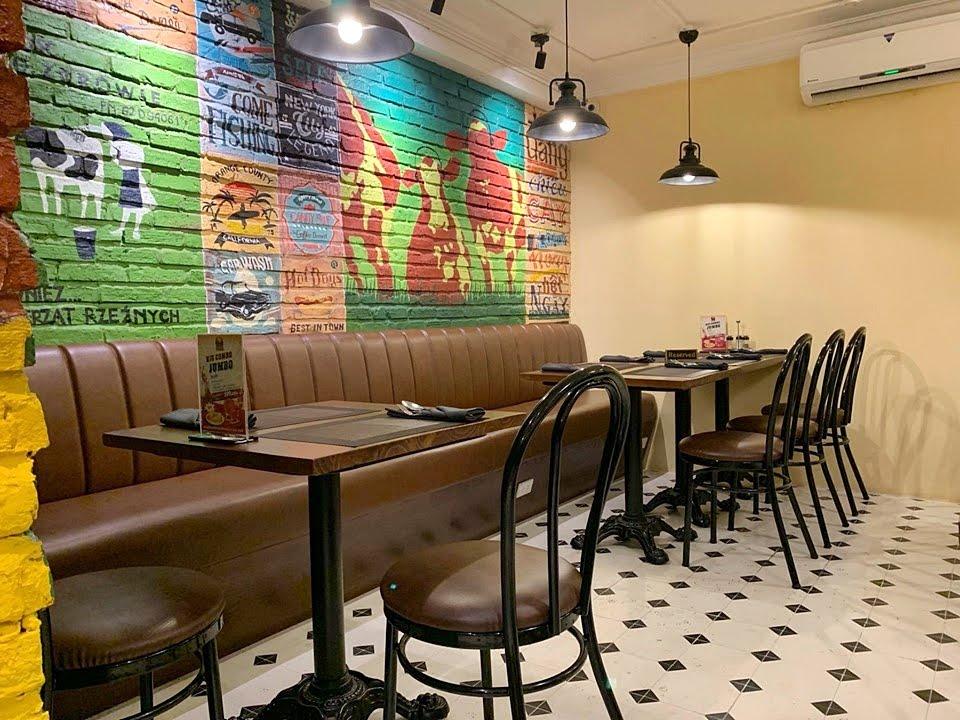 Không gian nội thất bên trong nhà hàng