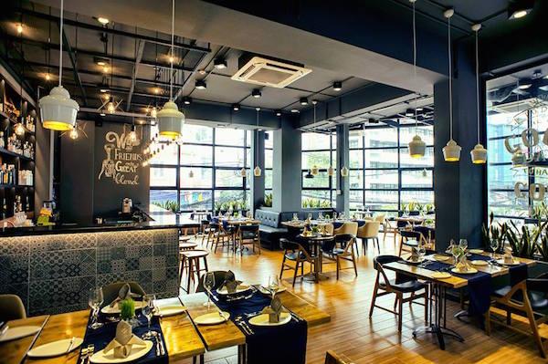 Mẫu quán cafe đẹp 7