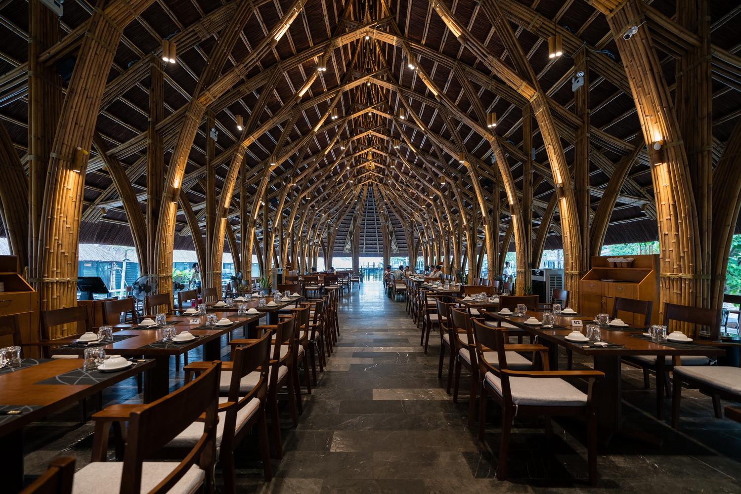 mẫu thiết kế nhà hàng bamboo
