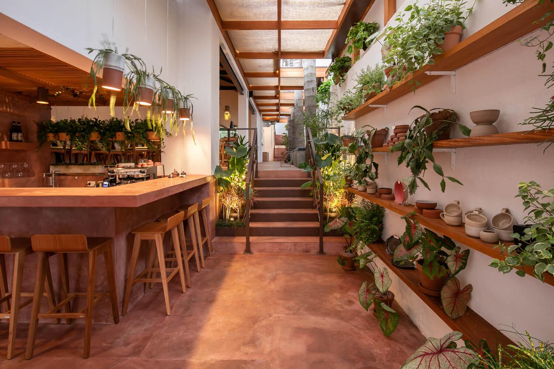 không gian nội thất nhà hàng chay