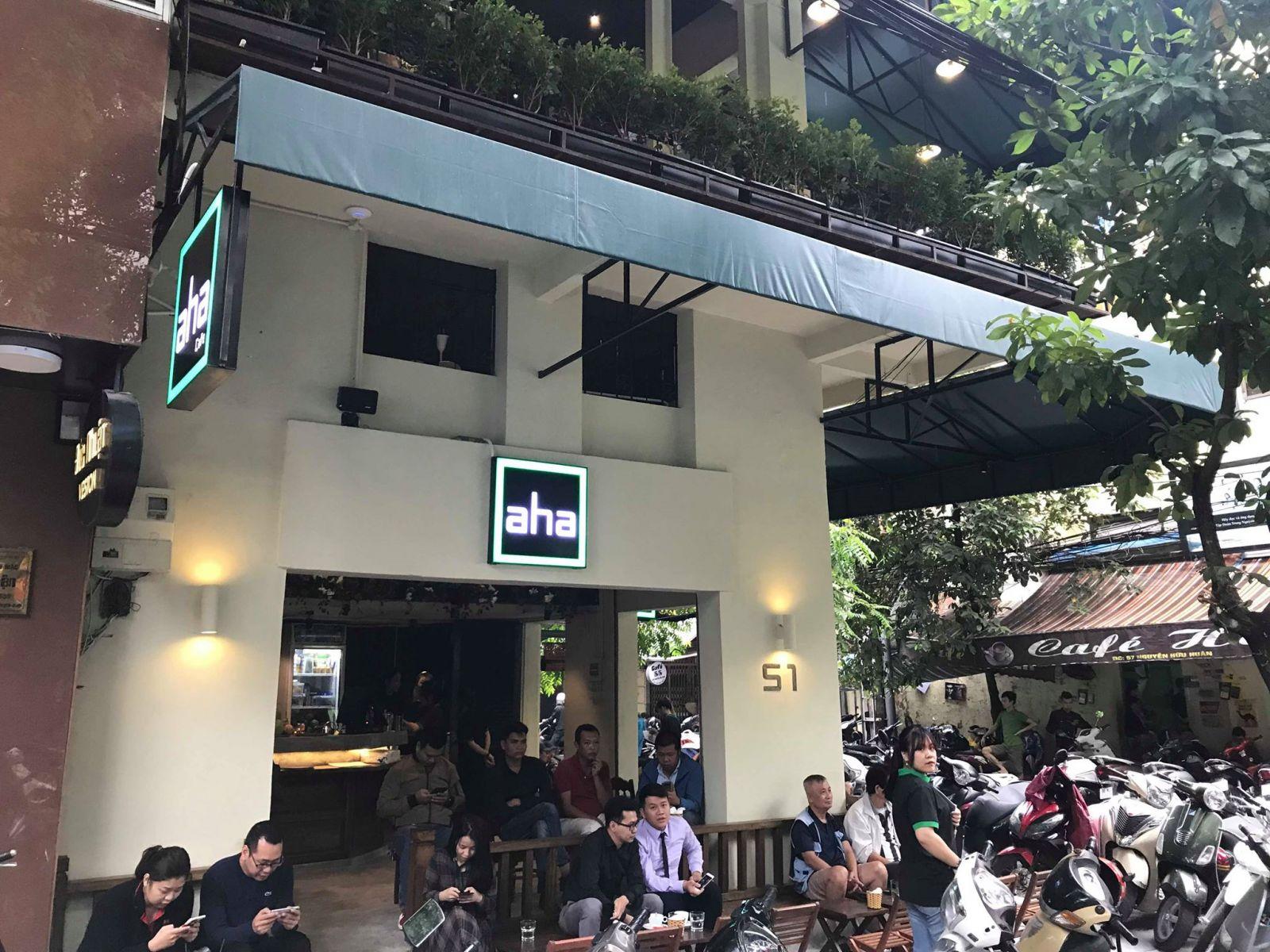 mô hình thương hiệu quán aha cafe