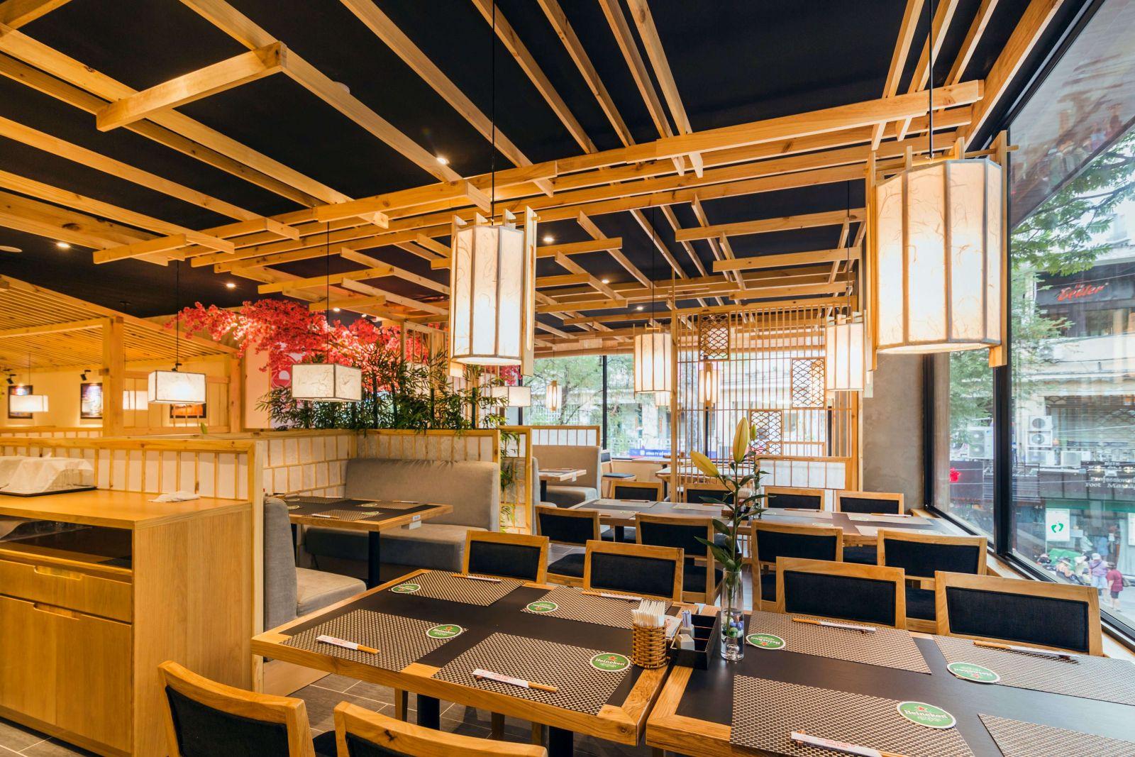 nha-hang-sushi-world-mang-loi-thiet-ke-noi-that-cua-nhat-ban