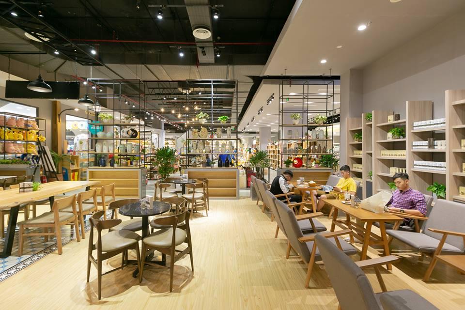 bố trí không gian quán cafe hiện đại